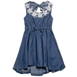 Φόρεμα τζιν με κέντημα μπροστά και άνοιγμα στην πλάτη (6-16 ετών)